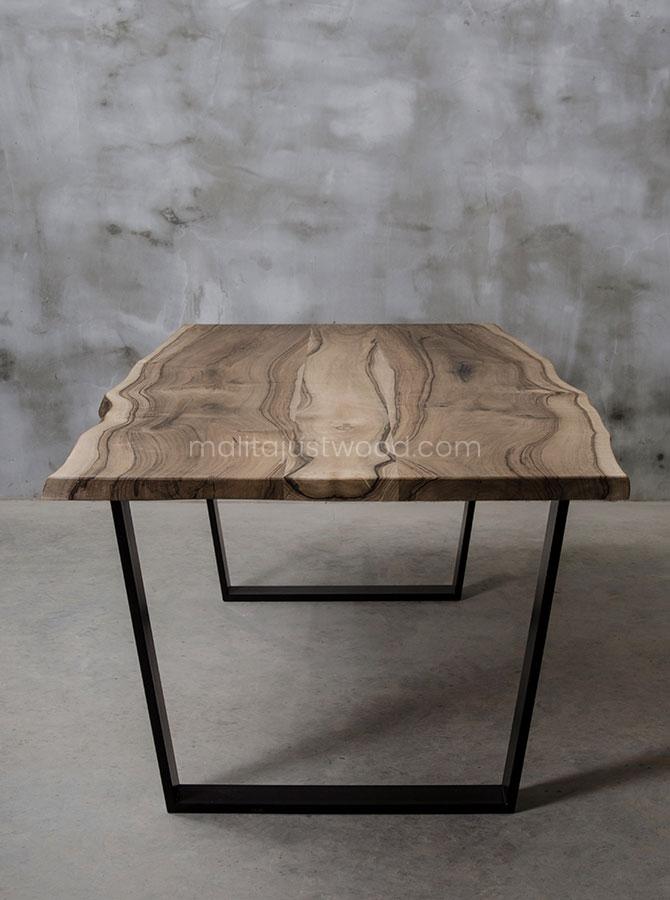 stół Honor do jadalni z nieregularnymi brzegami
