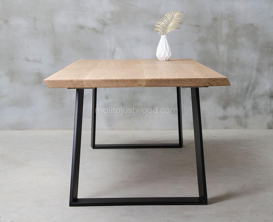 stół Clamo do jadalni z dębowych desek