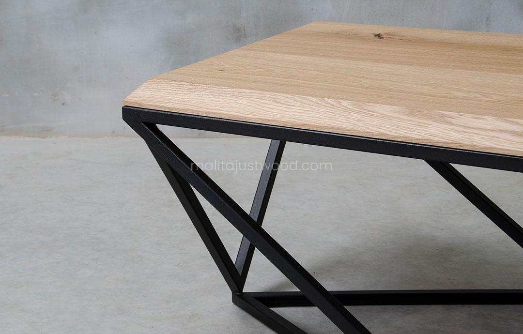 elegancki stolik Semper z desek dębowych