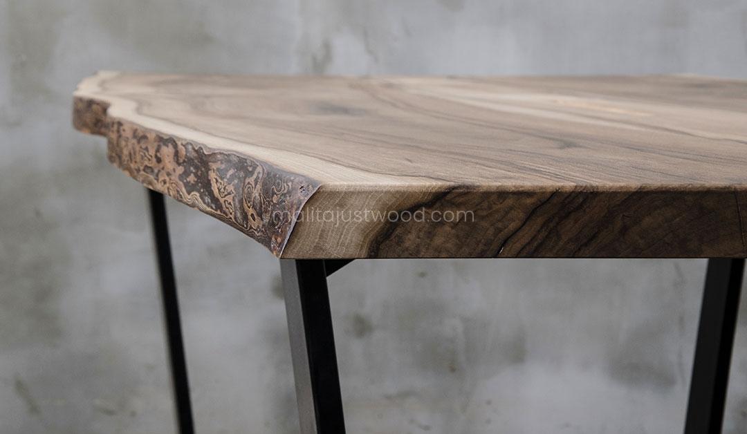 solidny stół Honor z drewnianym blatem