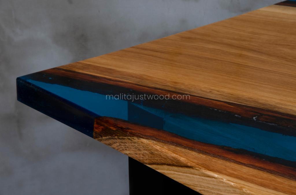 lakierowany stół Tantum idealny do jadalni