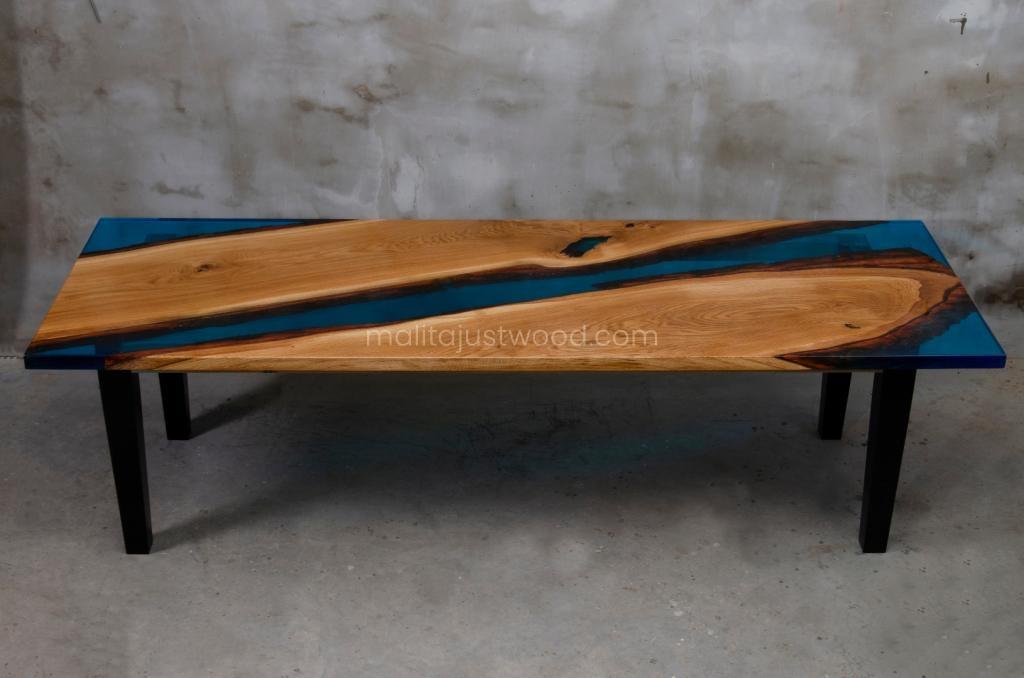stoły Tantum z niebieską żywicą