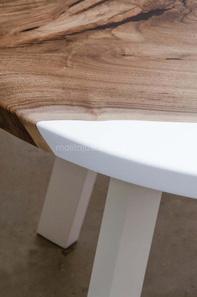 stół Alba drewniany nowoczesny z żywicą
