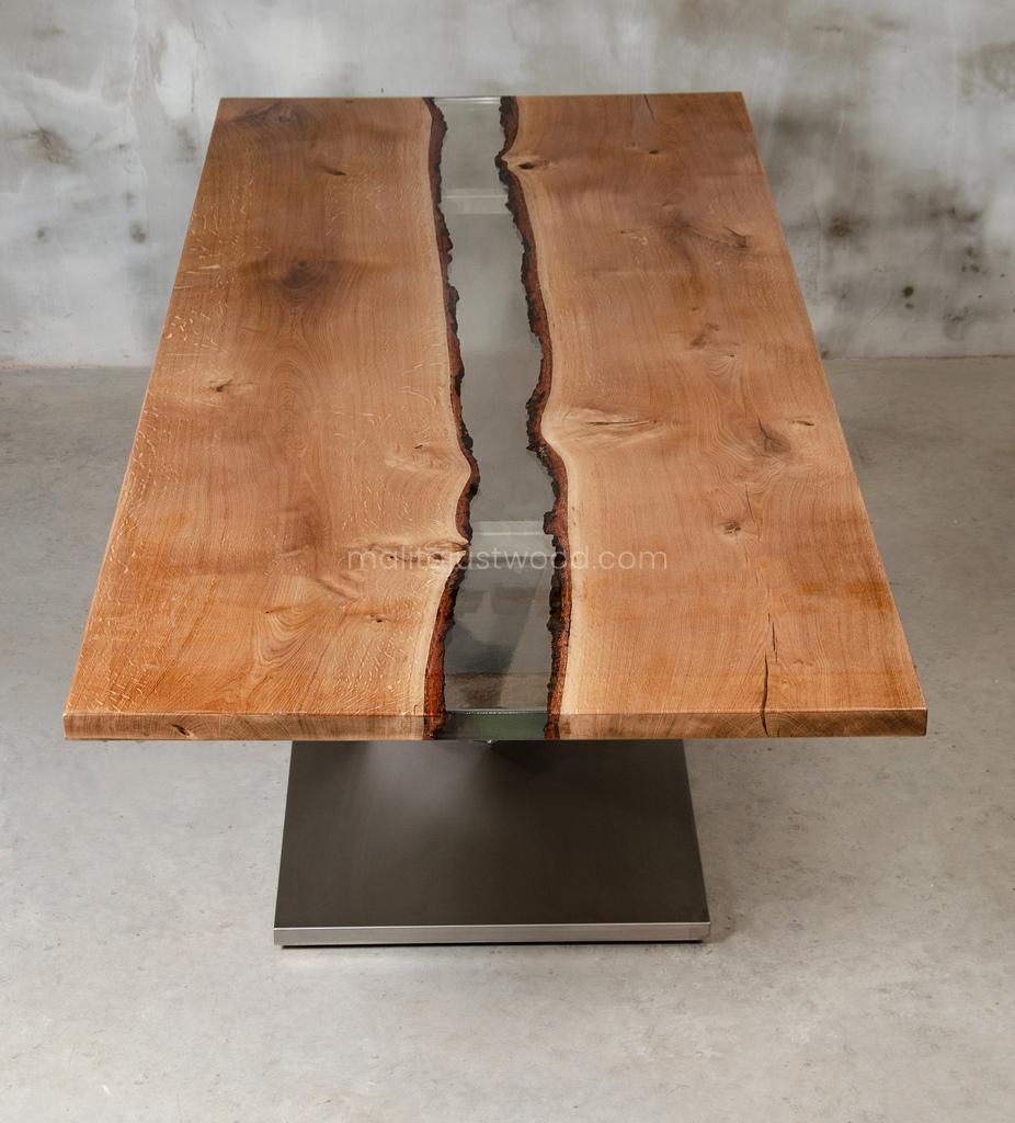 stół Dives z drewna dębowego i żywicy epoksydowej