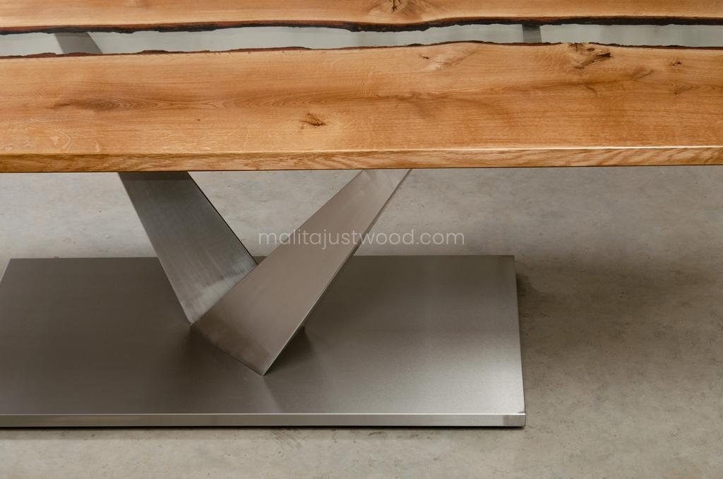 lakierowany stół Dives żywicą do jadalni