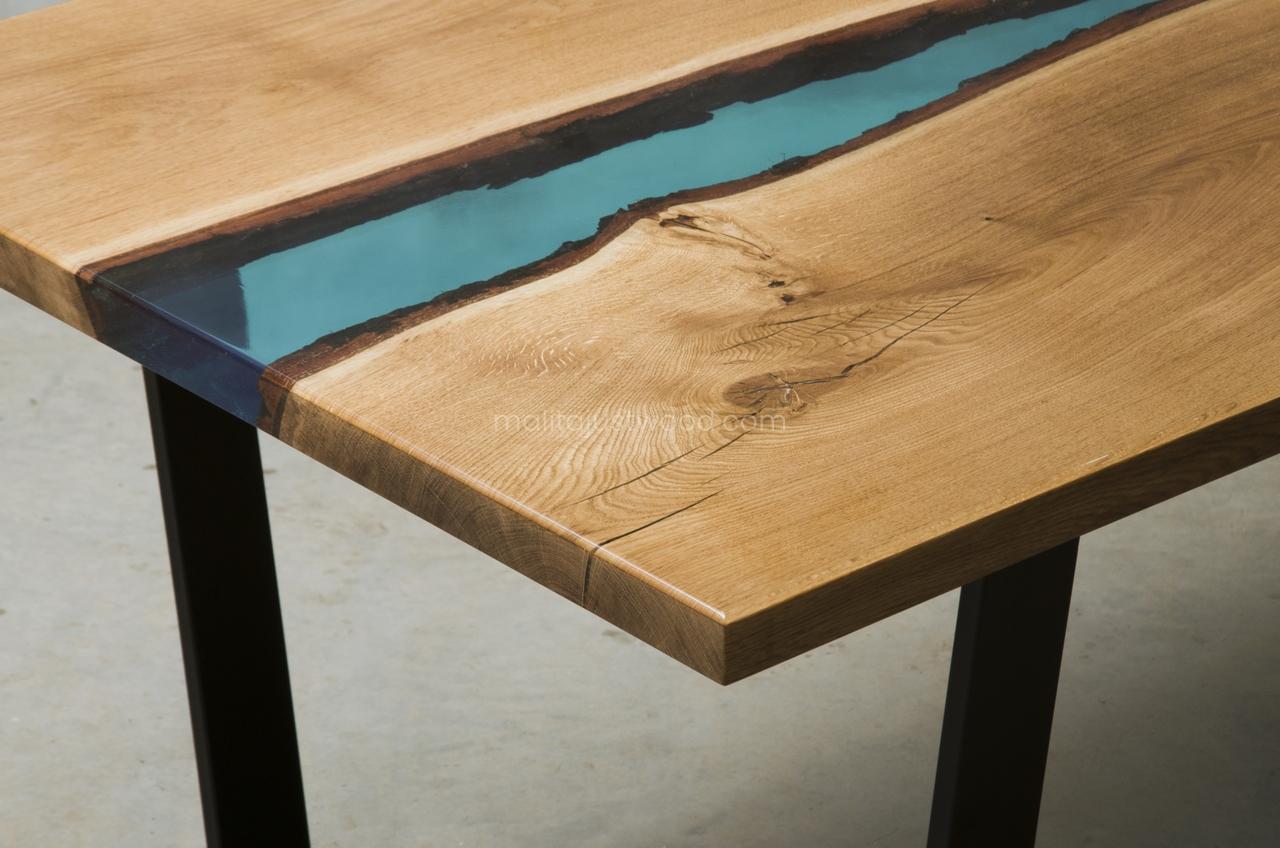 stół Flumine z żywicy
