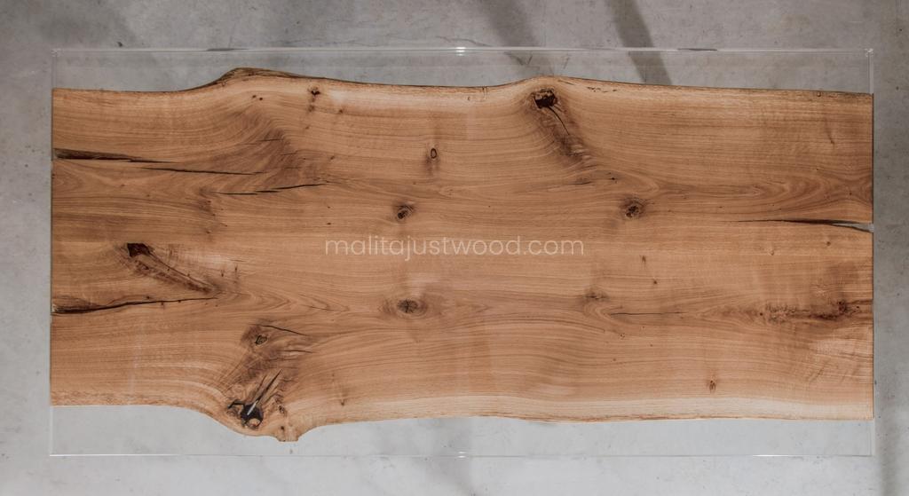 lakierowany stół Ingenium z dębowego drewna z żywicą