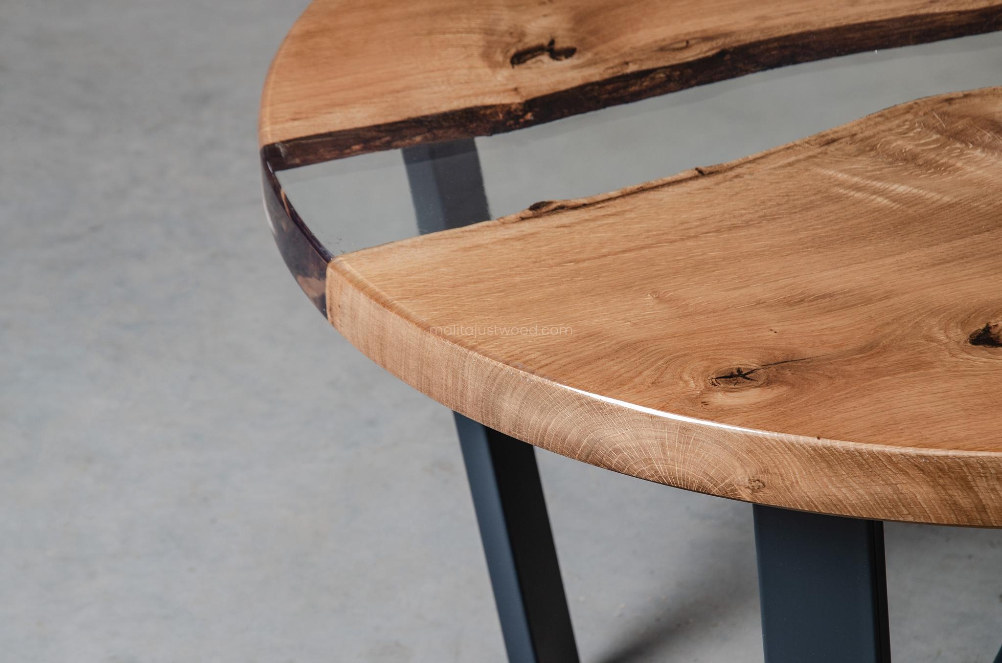 elegancki stolik kawowy Puella z żywicą epoksydową