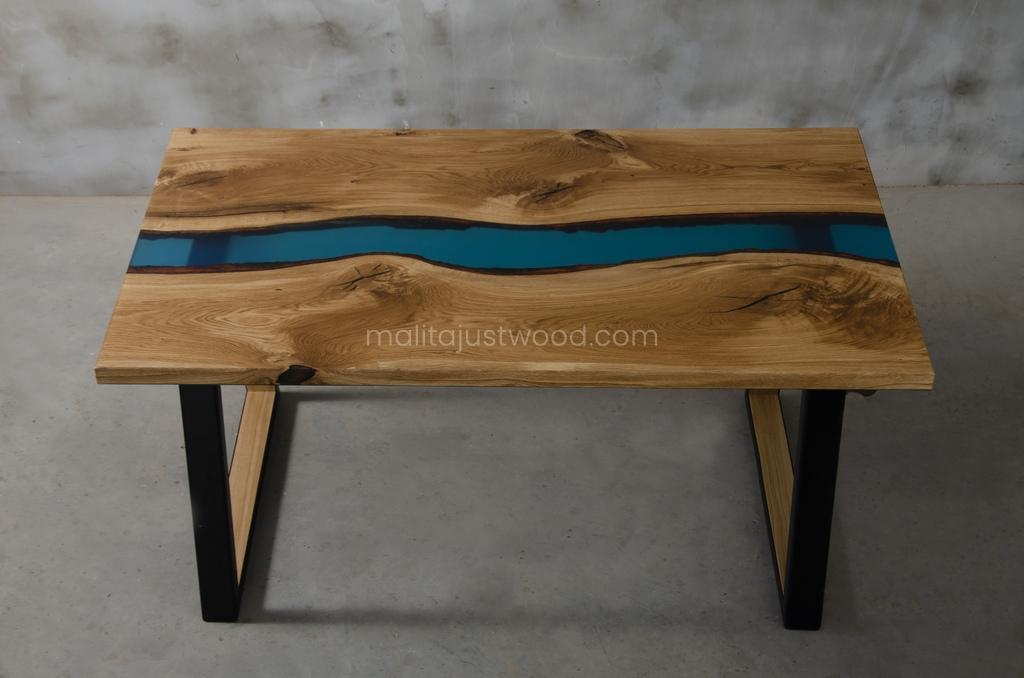 Stół Venezia lakierowany w macie