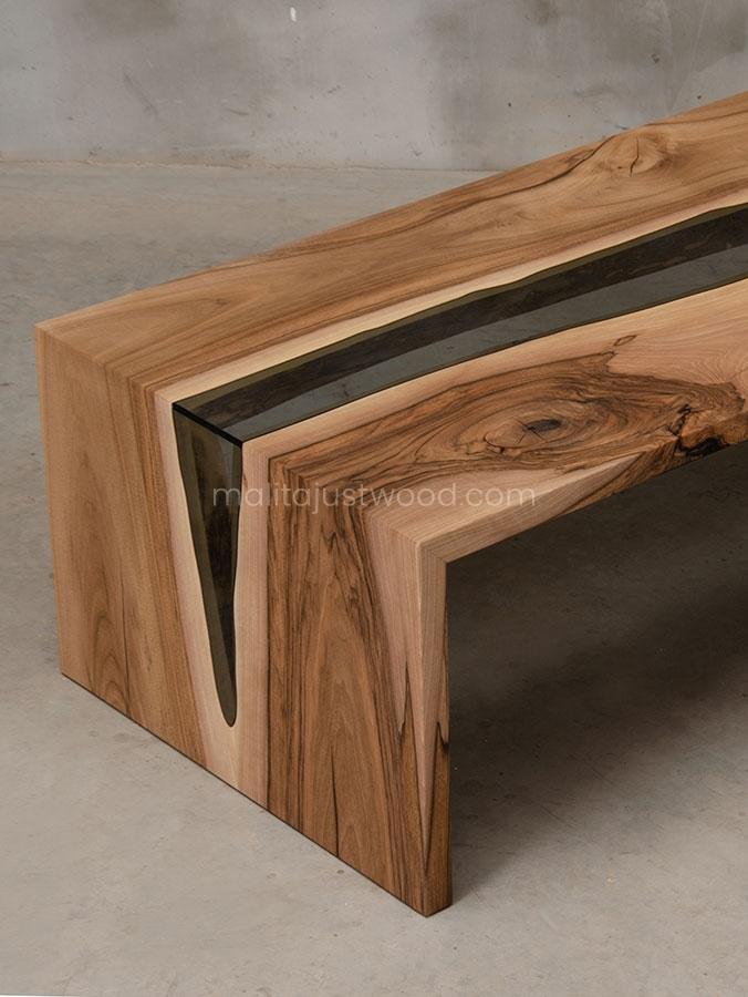 stolik kawowy Cataracta ze szkłem wkomponowanym w drewniany blat