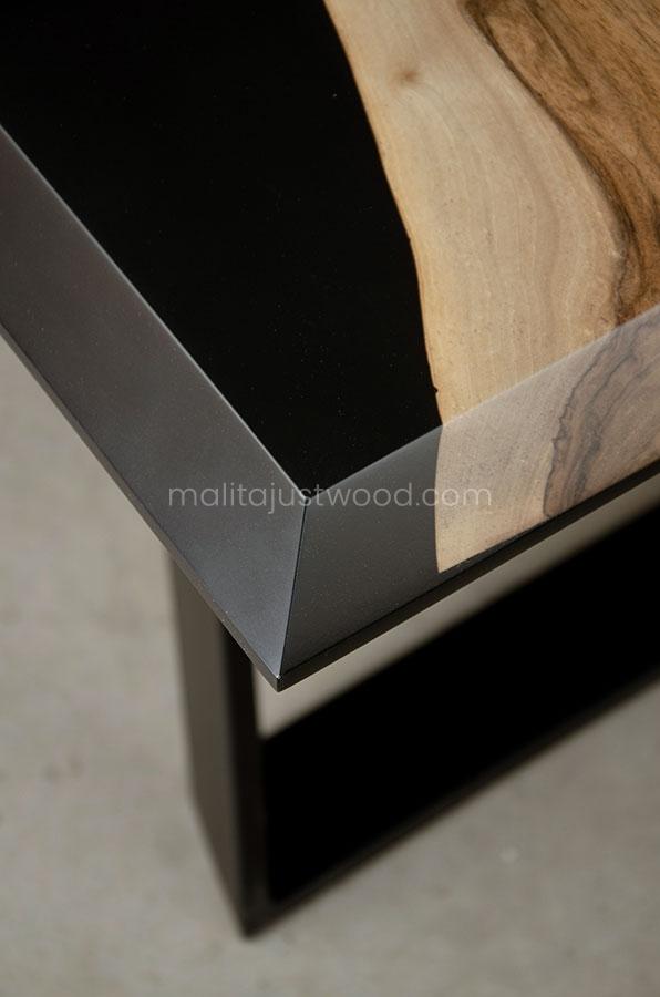 designerski stół Desidero lakierowany w macie
