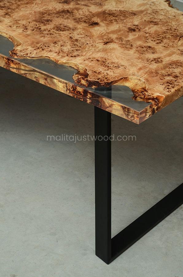 loftowy stół Gloria w stylu Art deco z czeczoty topoli i żywicy