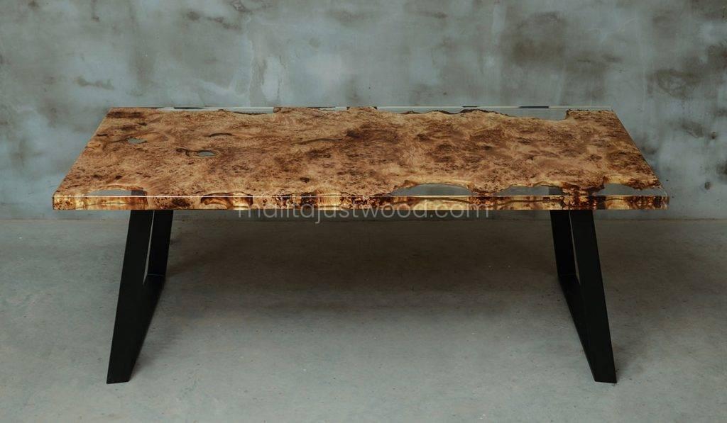 stół Gloria z elementami transparentnej żywicy epoksydowej