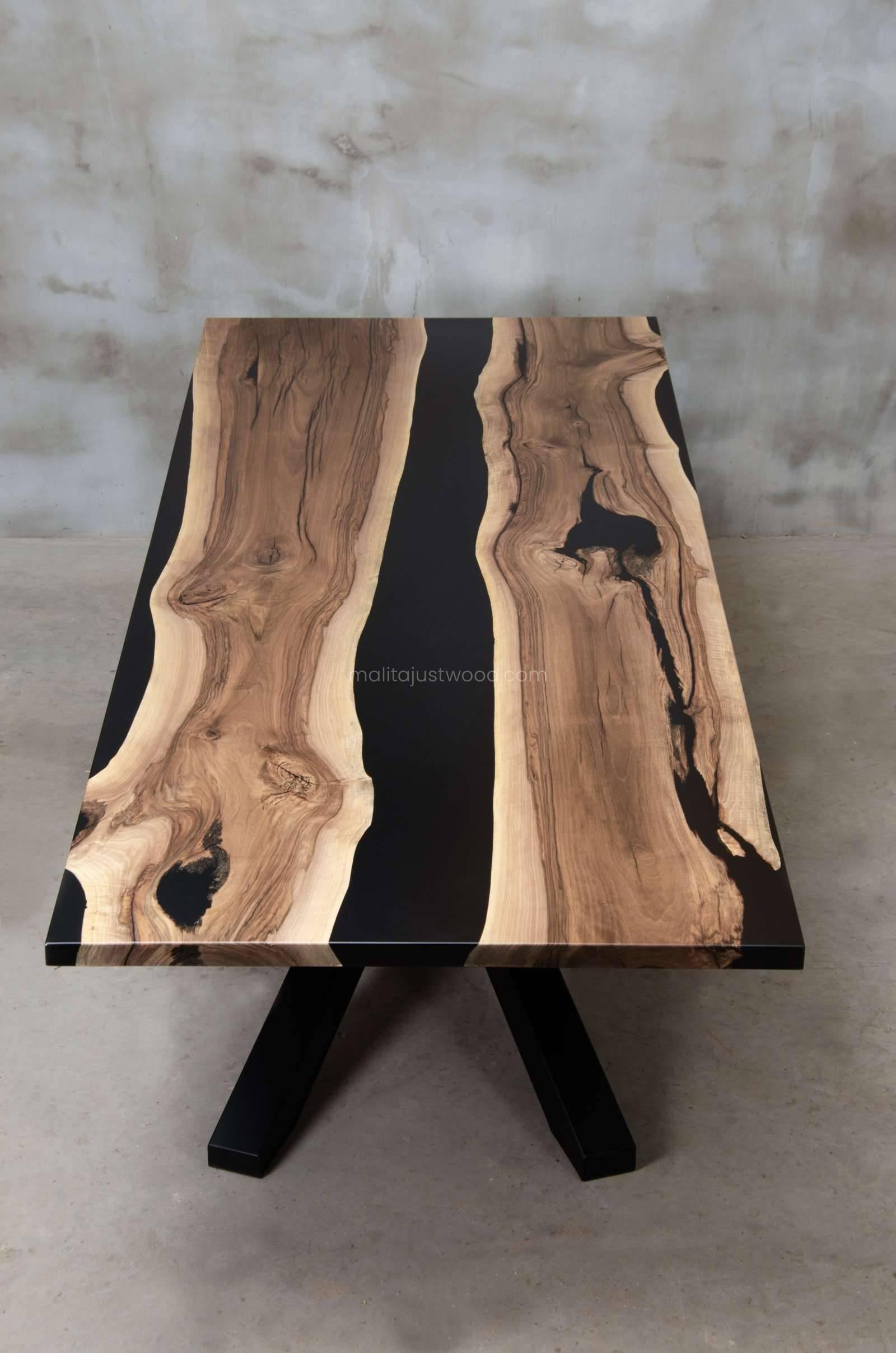 drewniany stół Magna do dużej nowoczesnej jadalni
