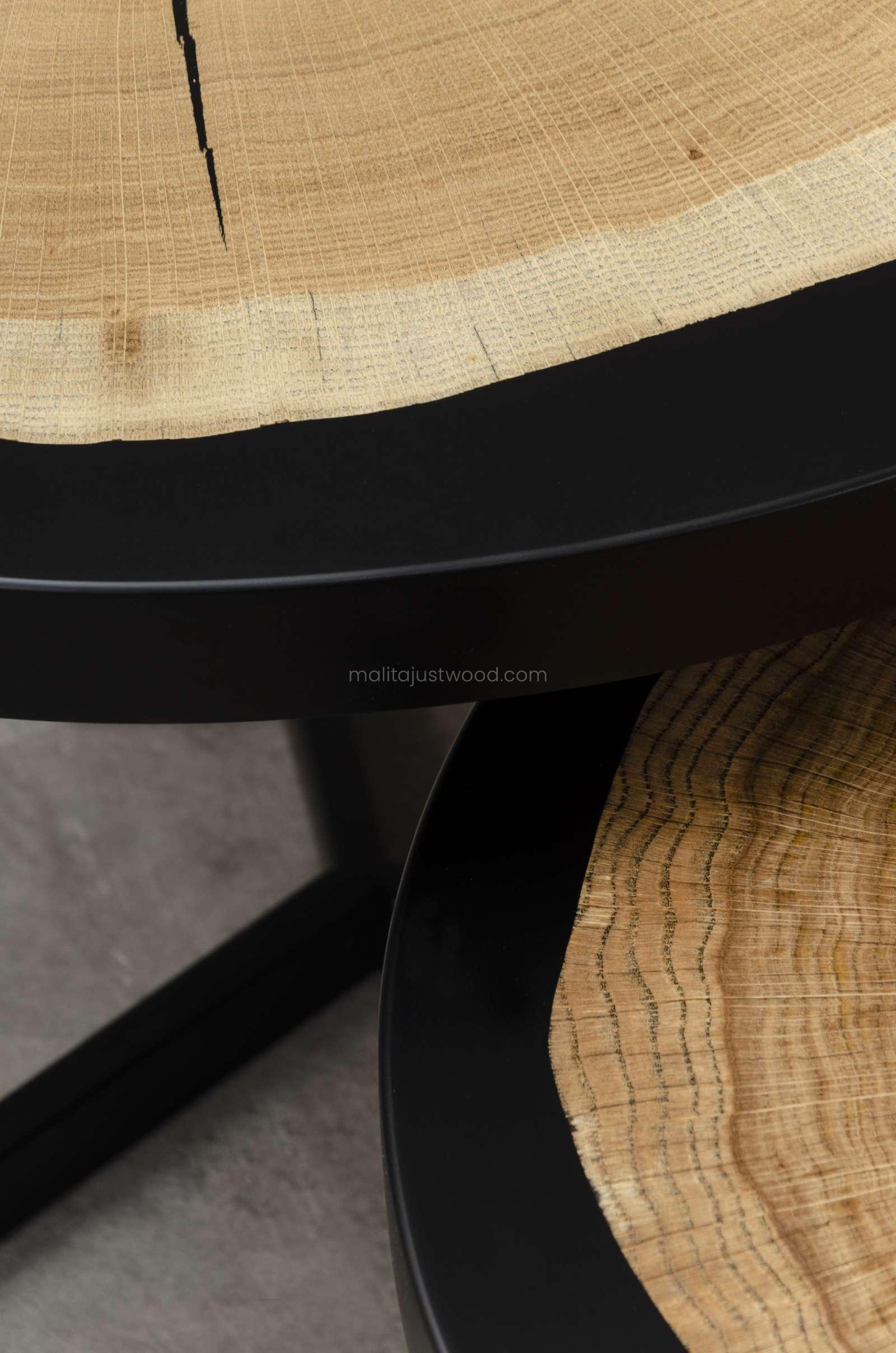 komplet drewnianych stolików Duo