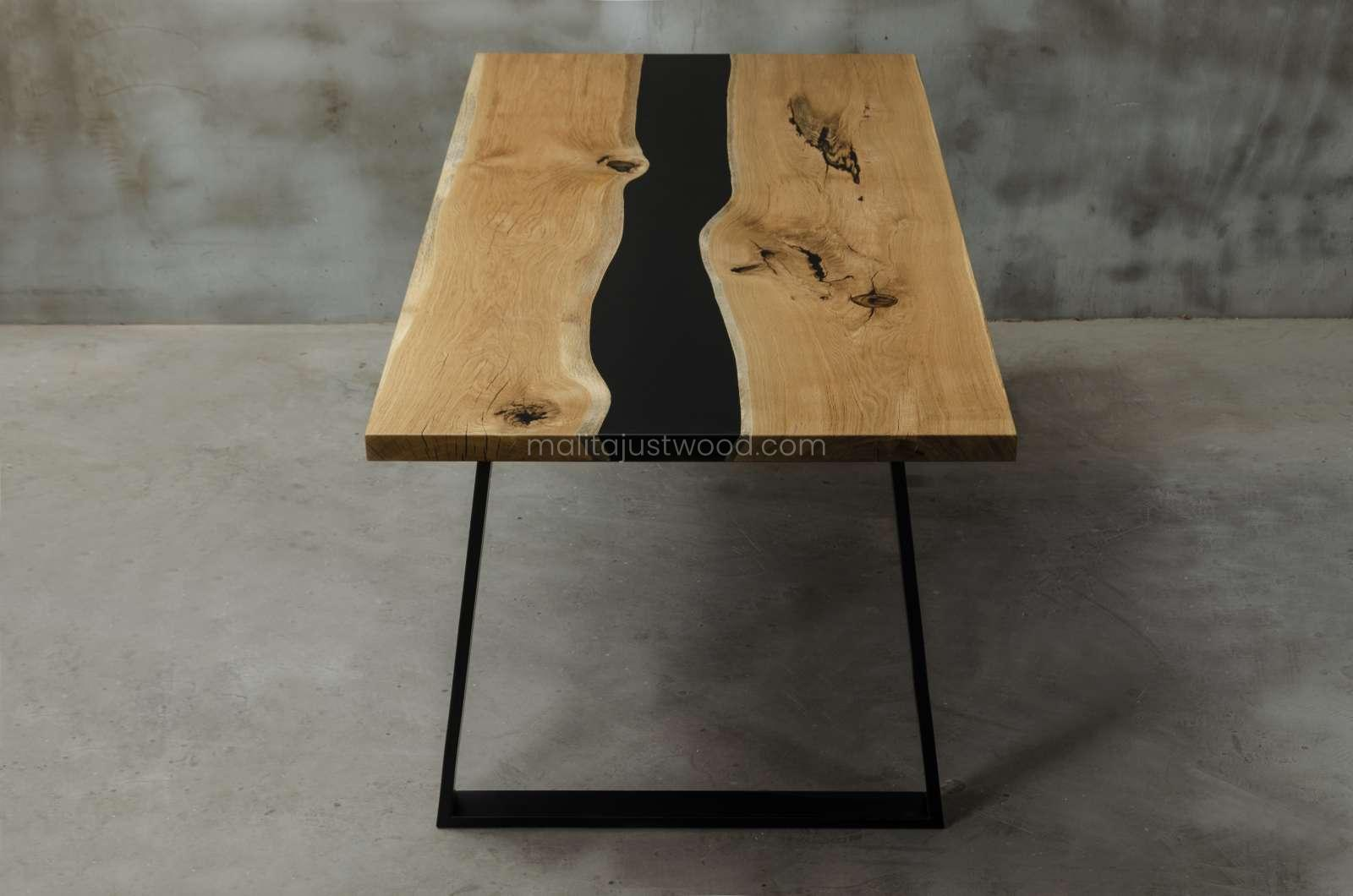 nowoczesny dębowy stół Libenter do jadalni