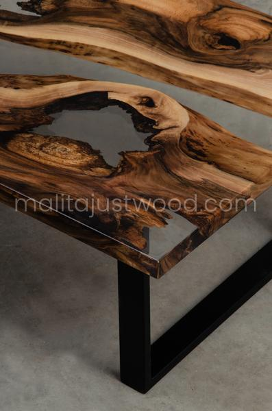 resin coffee table Ars