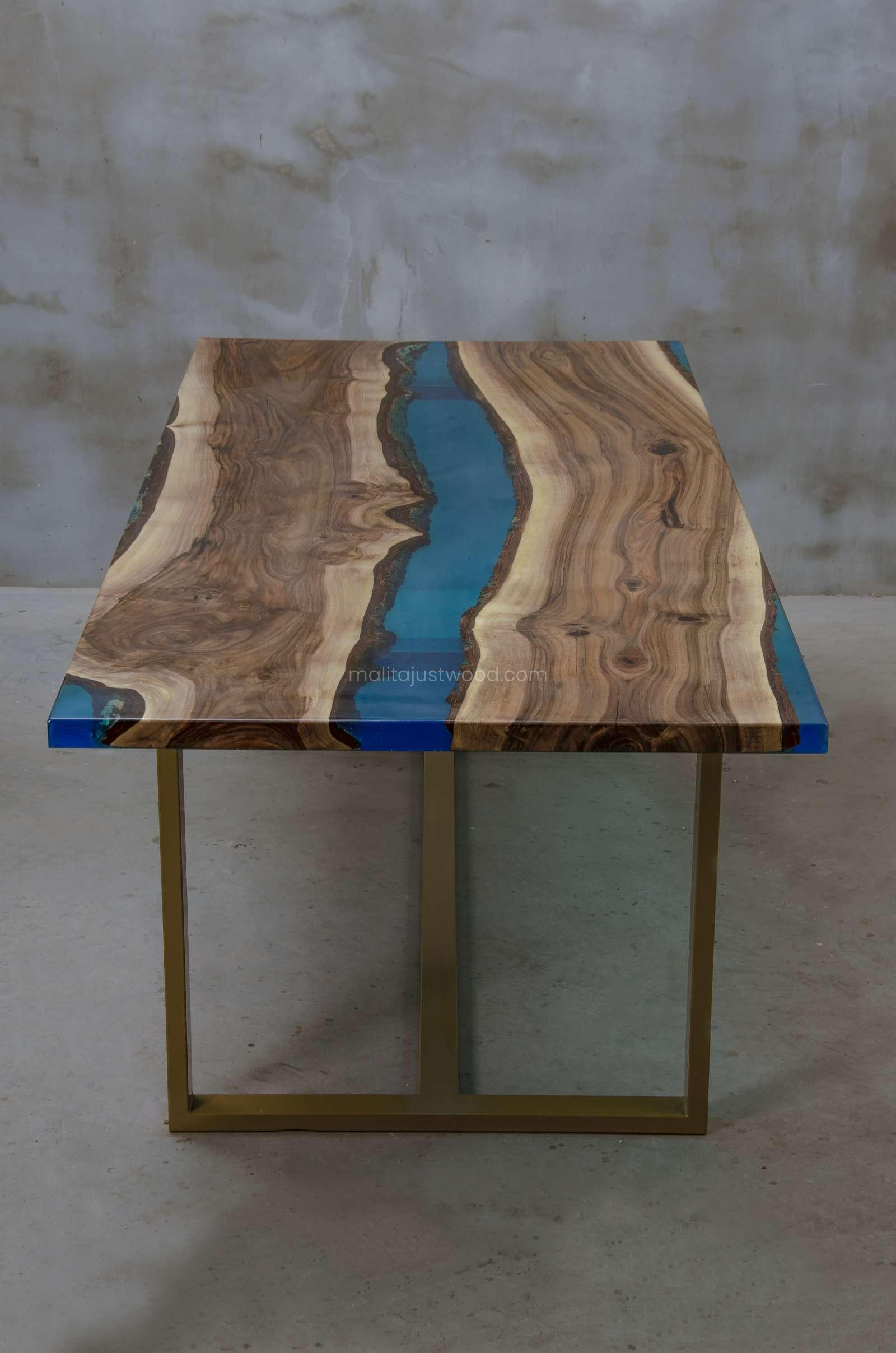 modern dining table Helvetica with azure resin