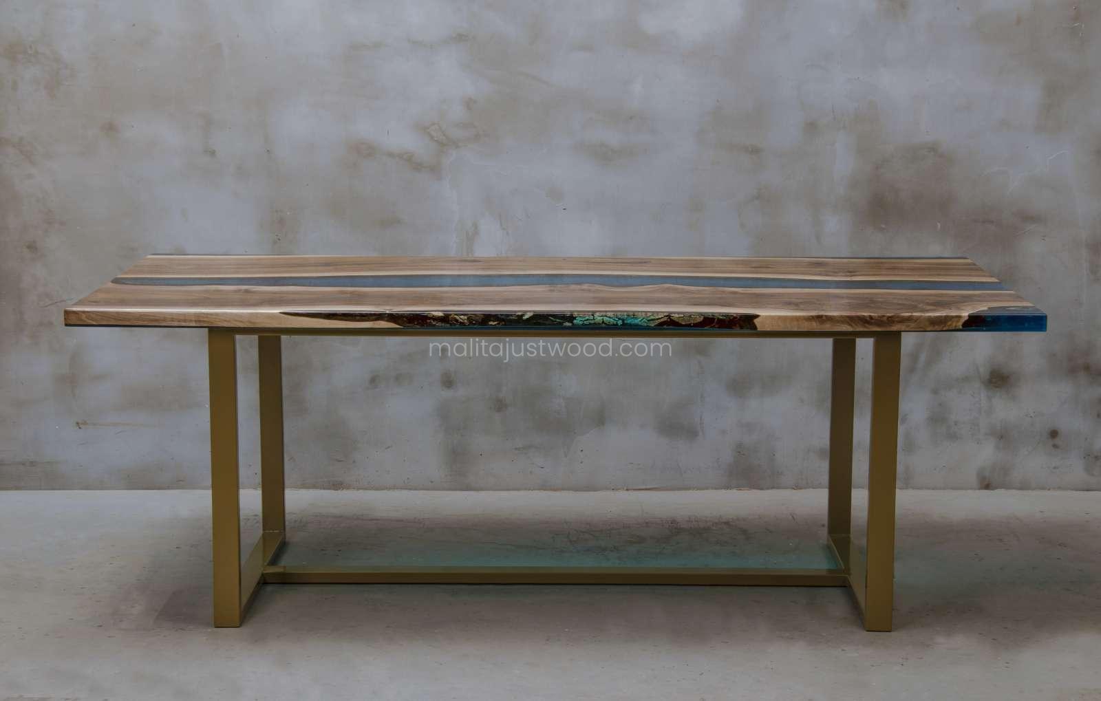 designerski stół konferencyjny z żywicy i drewna