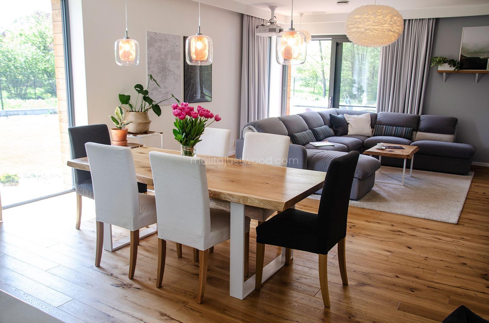 Skandynawskie wnętrze stoł z żywicy