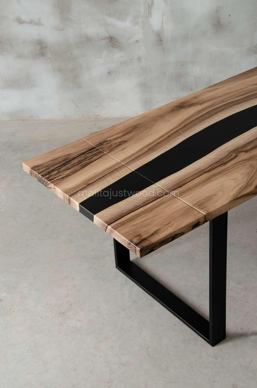 folding table tenens with resin