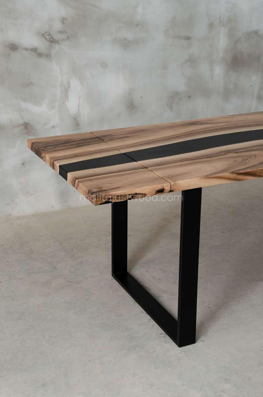 epoxy resin table tenens