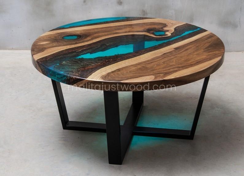 big coffee table Aqua with blue resin