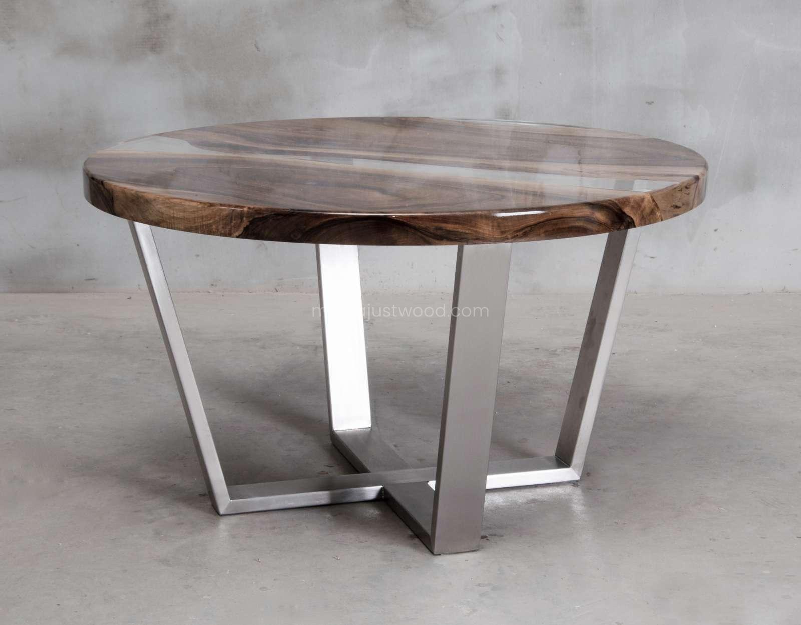 stolik kawowy Ferro z drewna i żywicy