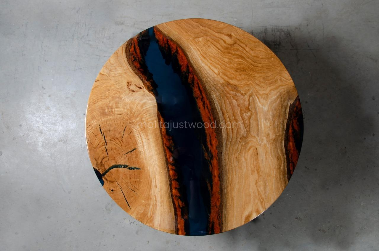 lacquered Moon coffee table with blue resin