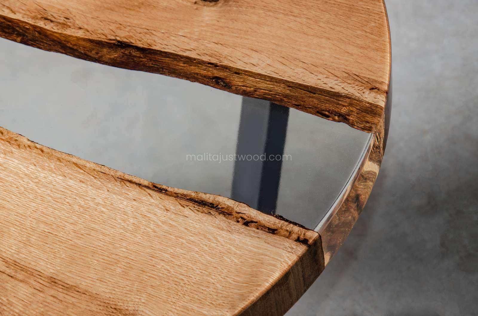 Puella oak coffee table in epoxy resin for the living room