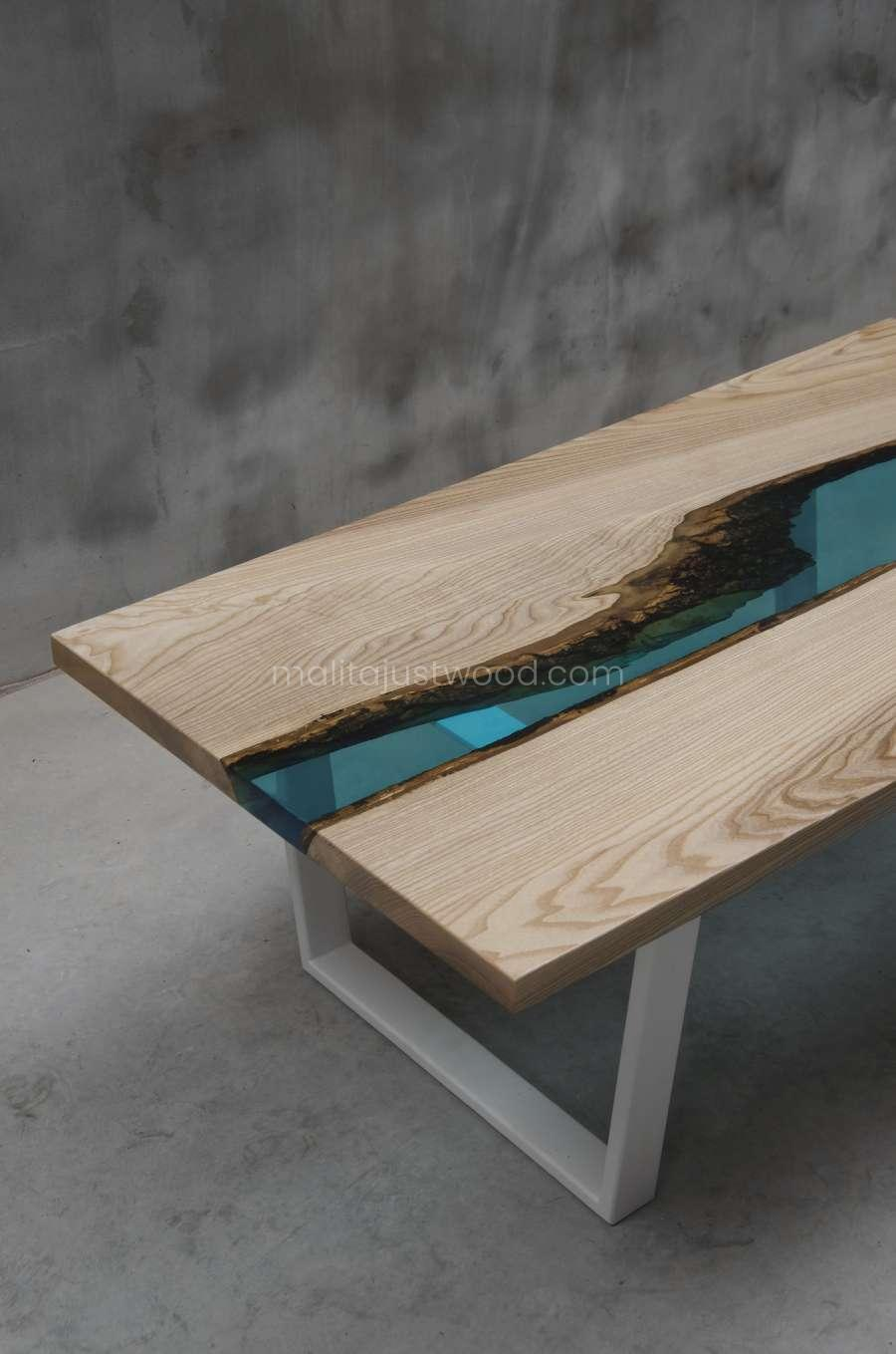 epoxy resin table cinis