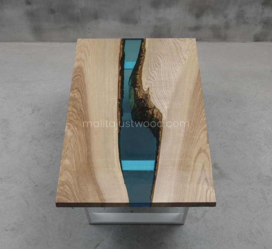 elegancki stolik kawowy Cinis z żywicy i drewna