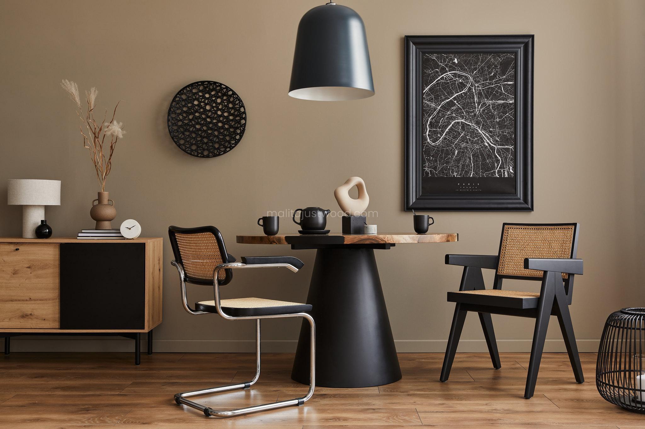 Inspiracje - drewniany stół i czarne akcenty, czrerń i drewno